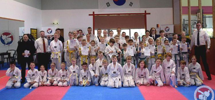 Ausgezeichnete Leistungen bei Prüfung der Baumberger Taekwondo Freunde e.V.